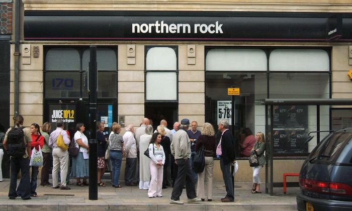 Northern Rock Queue. Photo by Dominic Alves (CC BY 2.0)