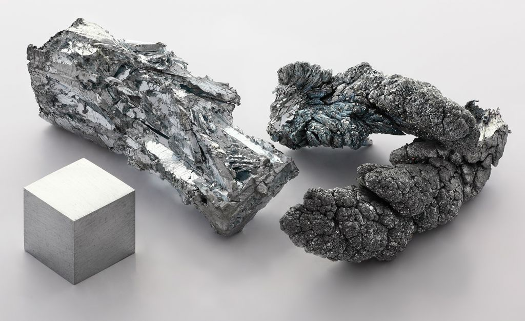 Zinc Fragments. Photo Heinrich Pniok